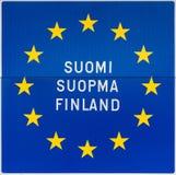 Europeiskt tecken med namnet av Finland i tre språk. Royaltyfri Fotografi