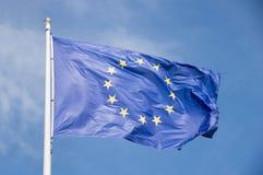 Europeiskt vinka för facklig flagga arkivfoto