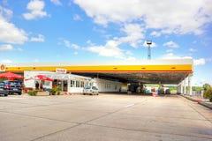 europejczycy Stacja paliwowa Fotografia Royalty Free