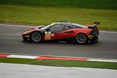 Europejczyka Le Mans serie Ferrari F458 Italia GT3 przy Imola Zdjęcia Stock