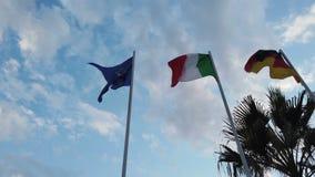 Europejski chorągwiany chodzenie z wiatrem wraz z włoszczyzną i niemiec zaznaczamy zbiory