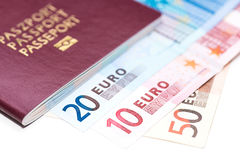 Europejski paszport i euro na bielu Fotografia Royalty Free