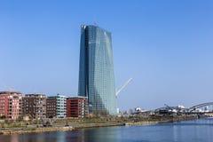 Europejskiego Banka Centralnego budynek w Frankfurt magistrala - Am - obrazy stock