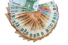 Europengaranmärkningar Fan av isolerade eurosedlar royaltyfri fotografi