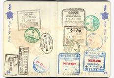 Europeo del pasaporte con los sellos Foto de archivo