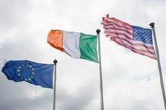 Europeo, Irlandese e bandiere americane fotografia stock