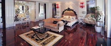 Europese koninklijke slaapkamer Stock Fotografie