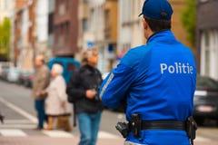 Europese Politie Blauwe Eenvormige Achter  Stock Foto