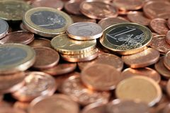 Euros, monedas, pequeño cambio Imagen de archivo