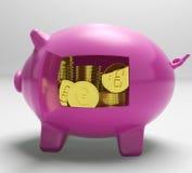 Euros In Piggy Shows Wealth y éxito Foto de archivo libre de regalías