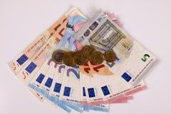 Euros sur un fond blanc Images stock