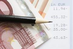 Euros y declaraciones de cuenta Foto de archivo