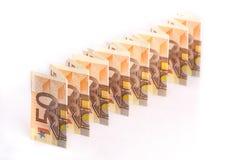 50 eurosedlar i en linje Arkivbild