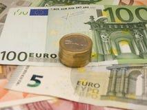Eurosedlar och myntar Royaltyfri Fotografi