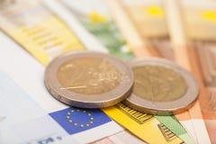 Eurosedlar och myntar Royaltyfria Bilder