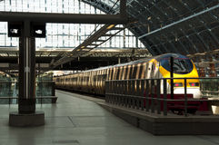 Eurostar an Str. Pancras stationieren lizenzfreies stockfoto