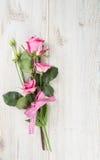 Eustoma et roses photo stock