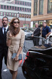 Eva Mendes arriving to the Calvin Klein Fashion Show in New York Royalty Free Stock Photography