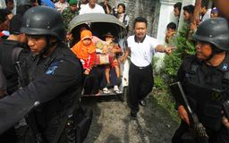 Evacuation suspected terrorist family Royalty Free Stock Photo