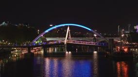 Evan Walker Bridge Melbourne Nightlife, tir de profil banque de vidéos