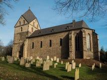 Evangelikala kyrkliga St Peter, Hohensyburg, Dortmund, Tyskland Royaltyfri Foto