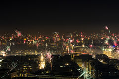 Eve Fire Works Downtown Hamburg Alster de nouvelle année Photographie stock