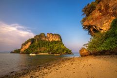 Evening at the beach of Ko Hong island in the Krabi province, Thailand Royalty Free Stock Photos