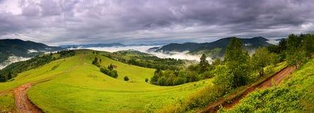 Evening krajobraz w górach. Ukraina. fotografia royalty free