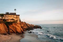 Free Evening Light On Cliffs At Wood`s Cove, In Laguna Beach, Orange County, California Stock Photo - 147100120