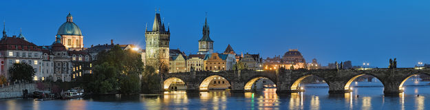 Evening panorama of the Charles Bridge in Prague, Czech Republic Royalty Free Stock Photos