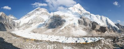 Evening panoramic view of Mount Everest base camp Royalty Free Stock Photos