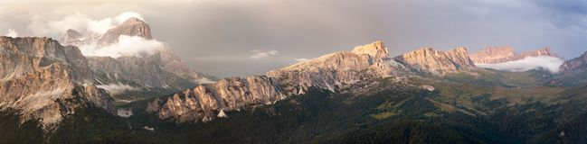 Evening panoramic view of Tofana and gruppo Nuvolau Royalty Free Stock Photography
