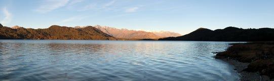 Evening panoramicznego widok Rara Daha lub Tal Mahendra jezioro Obraz Royalty Free