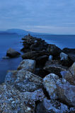 Evening rocky seascape Royalty Free Stock Images