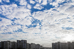 Evening sky in the city Stock Photography