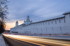 Evening traffic near the monastery, Russia Royalty Free Stock Photos