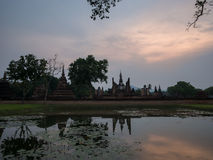 Evening at Wat Mahathat Royalty Free Stock Photos