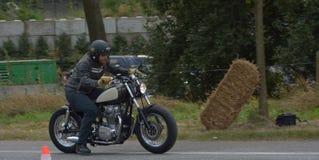 Evento da corrida do ciclo dos anos setenta, motociclistas dos anos 70 Foto de Stock