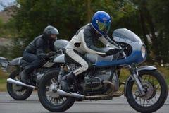 Evento da corrida do ciclo dos anos setenta, motociclistas dos anos 70 Fotografia de Stock Royalty Free