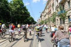 Evento de ciclo del alcalde en Cracovia con 3500 participantes Imagen de archivo libre de regalías