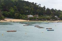 Evento del rowing de Gig Racing del piloto en Salcombe Devon England Reino Unido el domingo 31 de mayo de 2015 imagenes de archivo