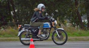 Evento di funzionamento del ciclo di anni settanta, motociclisti degli anni 70 Immagine Stock