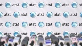 Evento mediatico di ATT, parete della stampa con il logo e microfoni, animazione editoriale illustrazione vettoriale