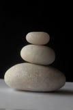 In evenwicht brengende Stenen Stock Foto's