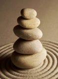 In evenwicht brengende stenen Royalty-vrije Stock Afbeeldingen