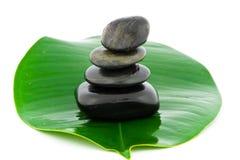 In evenwicht brengende zwarte stenen Royalty-vrije Stock Afbeelding