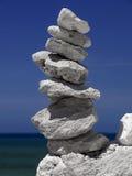 Evenwicht van de piramidestenen Stock Foto's