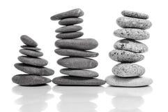 Evenwichtige zen stenen Stock Foto's