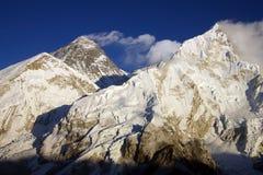 Everest 8848m und Nupse 7864m Lizenzfreies Stockbild