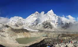 Everest et Lhotse de Kalapattar, 5545m Image libre de droits